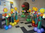 Веселые фигуры из шаров с цветами