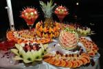 Раскладка фруктов для фуршета